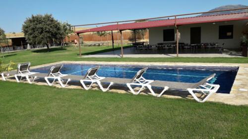 21-piscina02